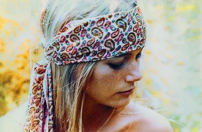 Peggy_lipton_scarf_02