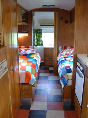 Caravan04