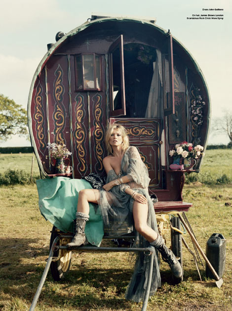 Kate-moss-and-the-gypsies-v-magazine-61