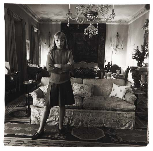 DIANE ARBUS_ PENELOPE TREE IN HER LIVING ROOM_ 1962