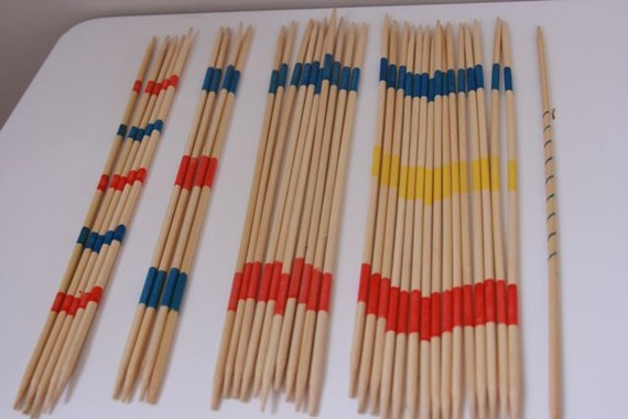 Vintage wooden pick up sticks mikado spiel