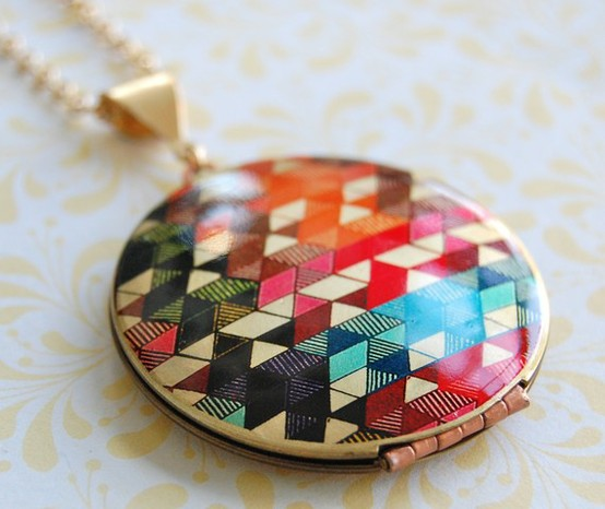 The-color-study-ii-locket-vintage